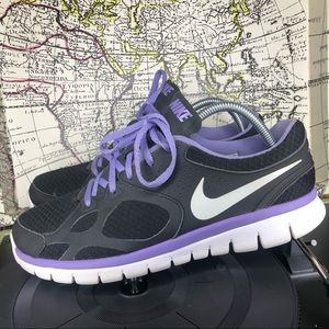 Womens 11 NIKE Flex 2012 RN Black Purple White Run
